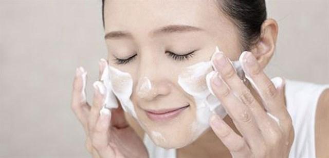 Xóa tan nỗi lo mụn ẩn giúp da khỏe mỗi ngày